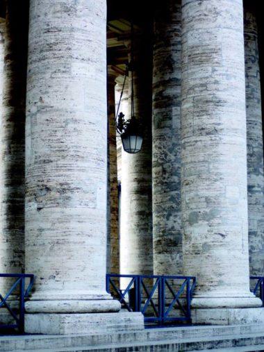 lanterna_colonnato_sanpietro_2