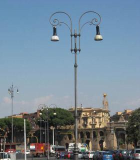 Acea_Lampione_in_ghisa_porta_maggiore